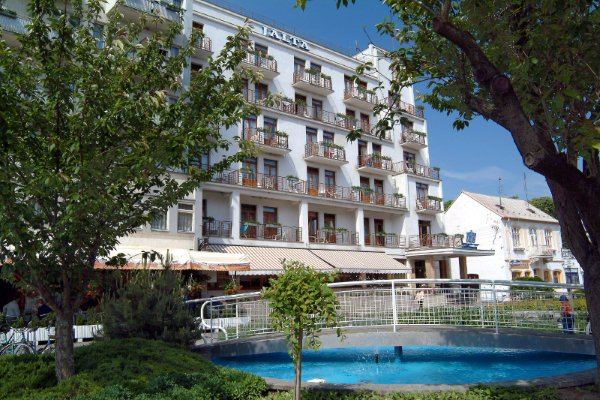 Jalta 2*