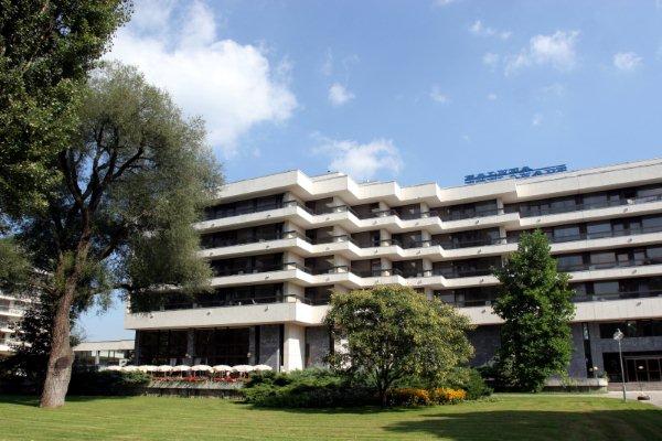 Balnea Palace 4*