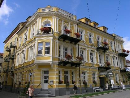 Palace I-II 4*